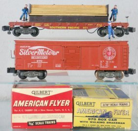 2 AMERICAN FLYER OPERATING CARS
