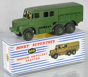 Dinky 689 Medium Artillery Tractor