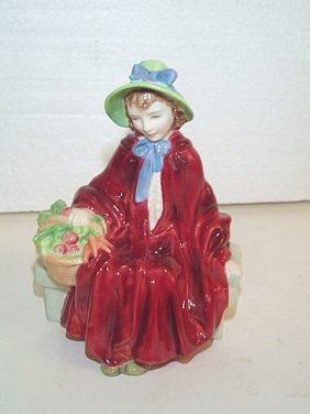 Royal Doulton Figurine HN # 2106  Linda  Measures