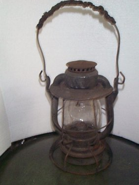 Dietz Railroad Lantern Signed On Top: Main Central