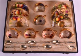 A Lovely Royal Worcester Cased Fruit Cabinet Cups And