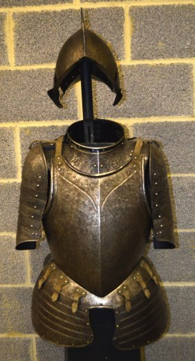 A Late 16th Century European ¾ Suit Of Armour C1570