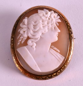 A Victorian Yellow Metal Cameo Brooch.