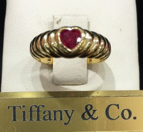 Tiffany & Co.ring 18k With Ruby .