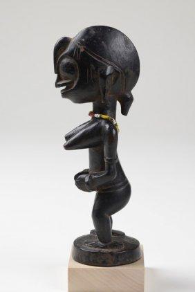 "Small Standing Female Figure ""tugubele"" - Côte"