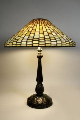 Tiffany Geometric Table Lamp