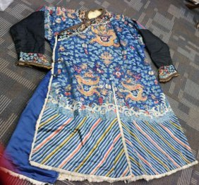 Qing Dynasty Hand-embroidered Gold Silk Robes