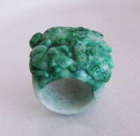 Natural Carved Jadeite Jade Thumb Ring Grade A