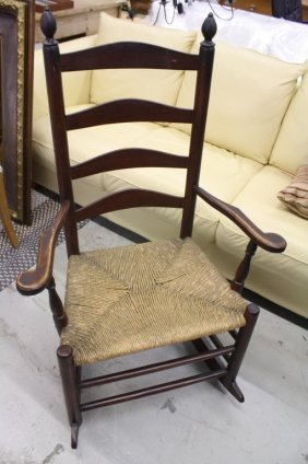 121376: ANTIQUE ARMLESS ROCKING CHAIR & SIDE CHAIR : Lot 121376
