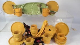 Kitchen Pottery Ware Group Lot