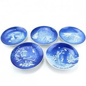 5 Christmas Porcelain Plates Bing & Grondahl, 1980-85.