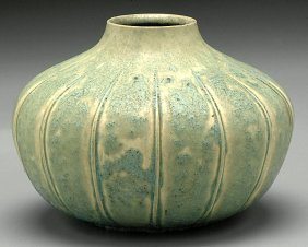 494 Grueby Pottery Vase Lot 494