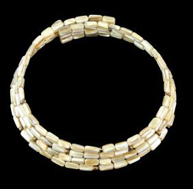 Mother Pearl Choker