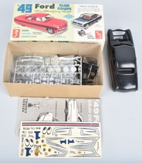 Amt 49 Ford Club Coupe 3-1 Model Kit