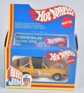 Hot Wheels 6808 Big Jim Racing Team Porsche 1/25th