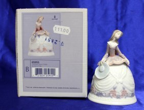 Lladro Sounds Of Fall Figurine 05955
