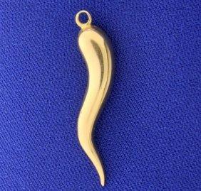 18k Italian Horn Pendant Or Charm