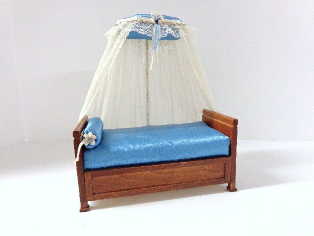 Dollhouse french style canopy day bed lot 665 for French style gazebo