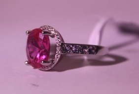Exquisite Sterling Silver Ring With Pink Sapphire