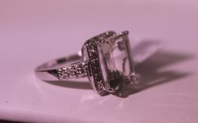 Exquisite Sterling Silver Ring With Lab Aquamarine