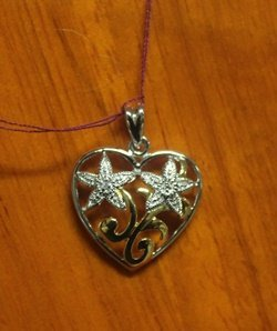 Beautiful Sterling Silver Pendant With Diamond
