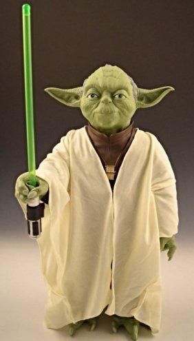 Star Wars Standing Yoda