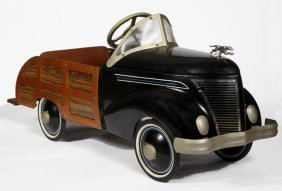 Pedal Car Woody- Ford?