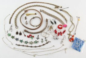 Mixed Lot Sterling Silver & Costume Jewelry