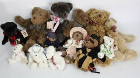 Lot Of 13 Boyds Bears Stuffed Bears