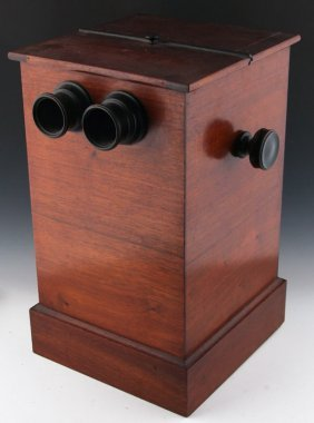 EARLY 20TH CENTURY WOODEN STEREOSCOPE BOX VIEWER