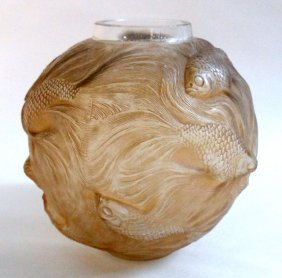 "Rene Lalique ""Formose"" Vase"
