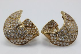 18kt Yg 8.50cts. Diamond Earrings