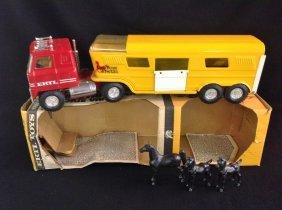 1970's Ertl Transtar Truck & Horse Trailer