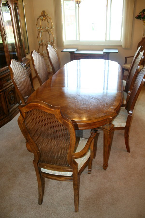 110067 BERNHARDT DINING SET TABLE CHAIRS CABINET Lot