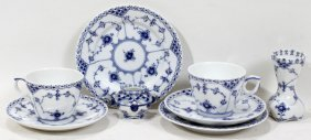 ROYAL COPENHAGEN 20 PIECES OF PORCELAIN,