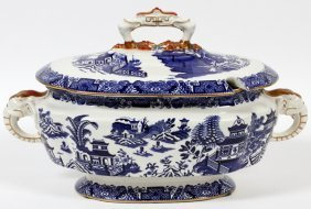 Royal Worcester 'blue Willow' Covered Tureen