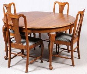 Queen Anne Style Walnut Breakfast Table W/ 4 Chairs