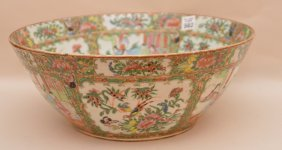 "19th C. Chinese Rose Medallion Punch Bowl, 6""h X 14"