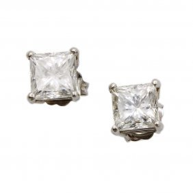 2.00ct Princess Cut Diamond Stud Earrings