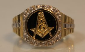 Men's 14kt Yg And Diamond Masonic Ring