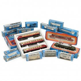 Märklin Locomotives And Cars Gauge H0, C. 1980