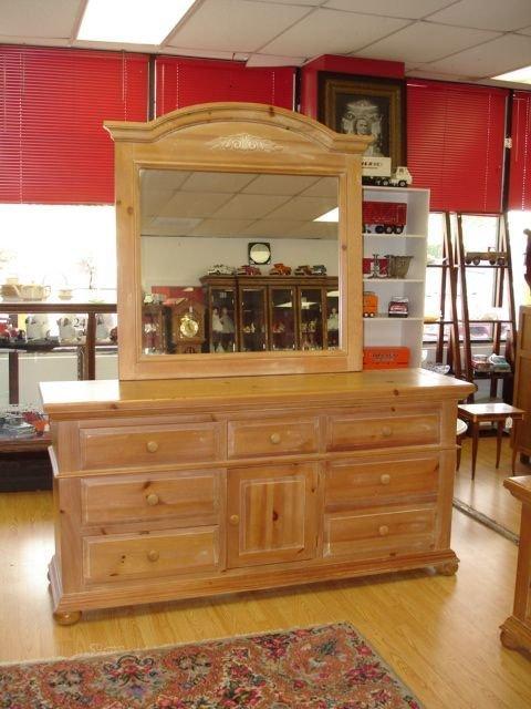 90375 Broyhill Fontana Solid Pine Dresser Amp Mirror Lot