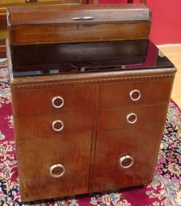 w d allison antique art deco medical cabinet case lot 90348. Black Bedroom Furniture Sets. Home Design Ideas