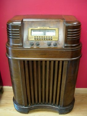 1940 Philco Antique Radio 40 180 Lot 340