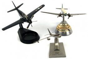 SCALE VINTAGE AIRPLANE MODEL COLLECTION