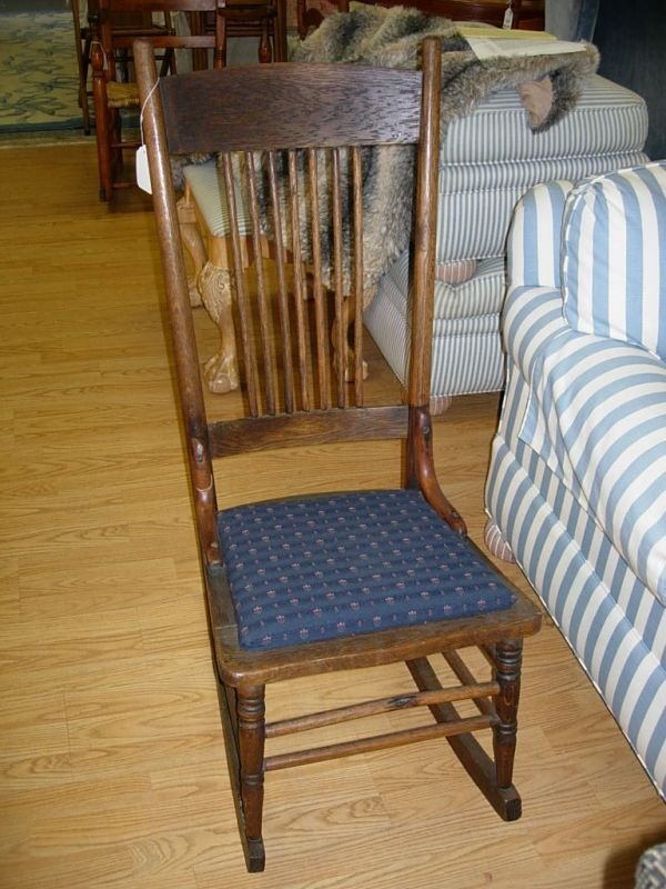 10162: ANTIQUE ROCKER OAK ARMLESS ROCKING CHAIR : Lot 10162