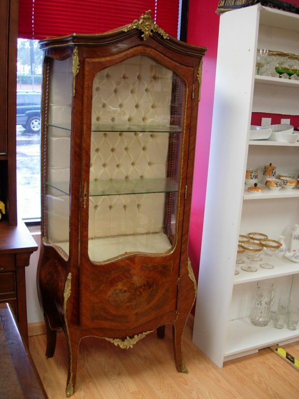 antique french curio cabinets 2
