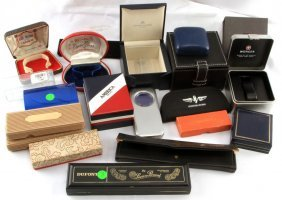 Small Lot Of Miscellaneous Vintage Watch Boxes