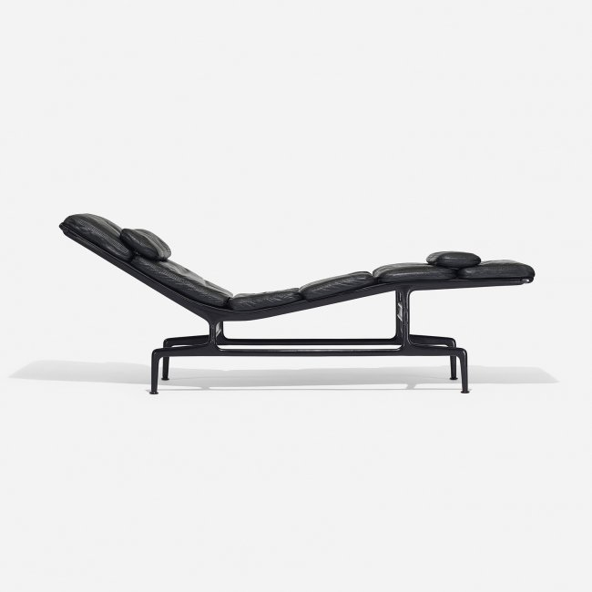 Charles and ray eames billy wilder chaise lot 182 - Chaises charles et ray eames ...