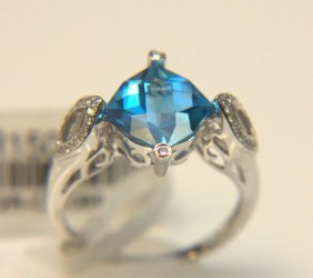 14 Kt. Wg, Swiss Blue Topaz & Diamond Ring